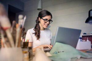 Miért fontos a bérszámfejtés, és mivel foglalkozik a bérszámfejtő?